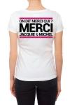 Tee-shirt  J&M blanc - spécial  femme - JM pensent aussi (et surtout) aux femmes avec un tee-shirt spécifique mettant mieux en valeur leurs charmes.